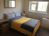 Dbl room in Bermondsey, Southwark, gay flatshare, clean and cosy flat