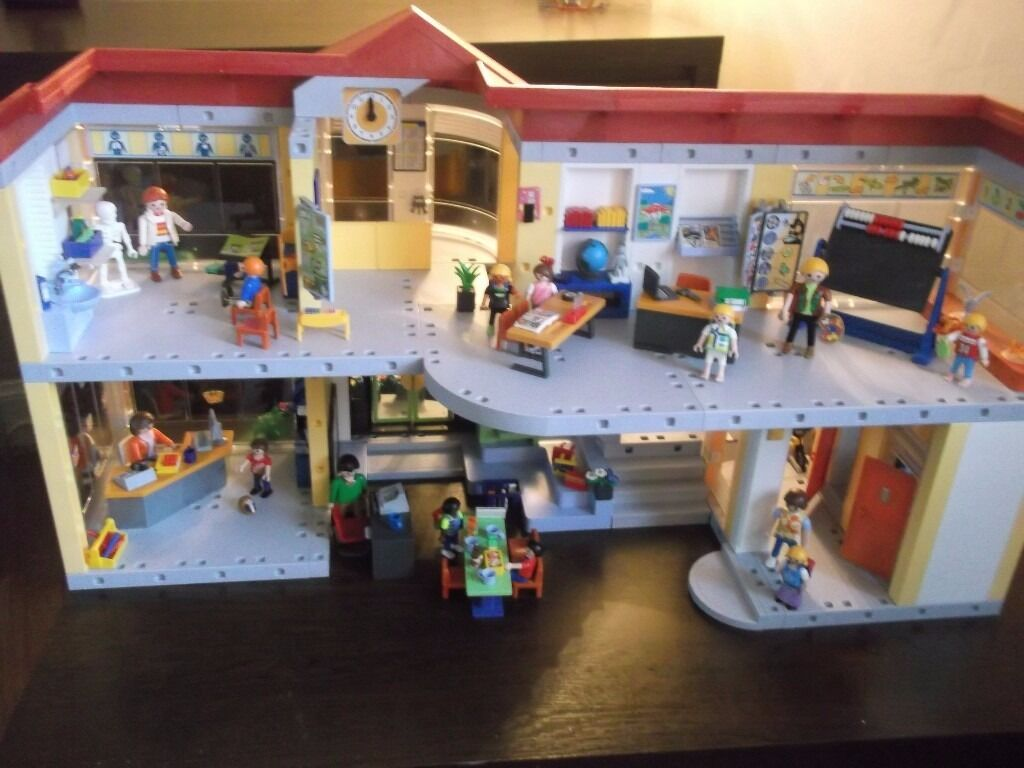 Playmobil 4324 Furnished School Building In East