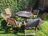 Wooden foldable garden furniture