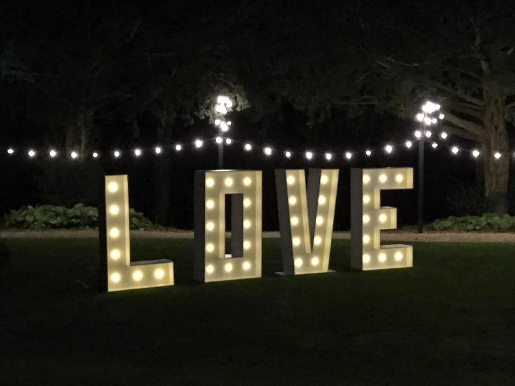 giant 5ft love letters for hire large wedding lights