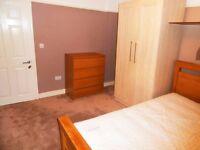 Good double room available in Gants Hill – Redbridge London