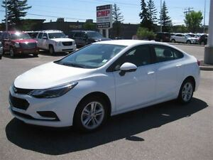 2017 Chevrolet Cruze LT Auto Keyless|Camera|Cloth|Heated Seats