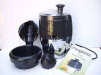 Le Duo Magimix juicer with citrus press