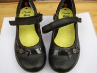 Girls Shoes - 1 pair of Clarks Daisy School Shoes (Size 13H) Never Worn