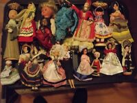 COLLECTORS DOLLS OF THE WORLD
