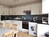 Be quick London Uni students! Viewings week of 21/5. 5 bed house in Islington, with cleaner
