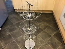 3 Teir Metal Chrome Shoe Rack, Adjustable Excellent Condition,