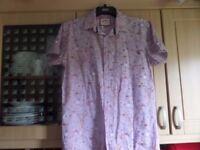 Joe Brown's Short Sleeve Shirt. Size M.