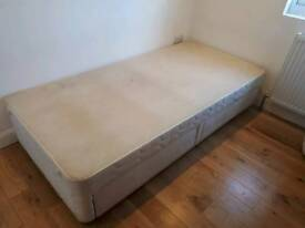 Box bed with storage