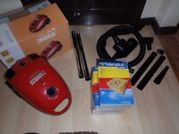 Zanussi 3322 - 1800w terrific suction hoover - plus 18 Hoover Bags