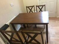 Dining table with 4chais