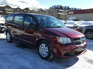 2016 Dodge Grand Caravan *7 Seater with 3rd row reclining, ABS,
