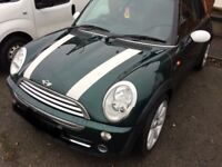 Mini Cooper for sale!!! £2500! 06 plate, racing green colour, Great Condition!!