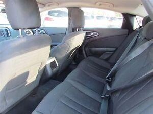 2015 Chrysler 200 Limited   HEATED POWER SEATS London Ontario image 15