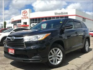 2016 Toyota Highlander LE AWD 8 Seater w/ Backup Camera