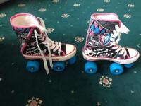 Girls monster high roller skates