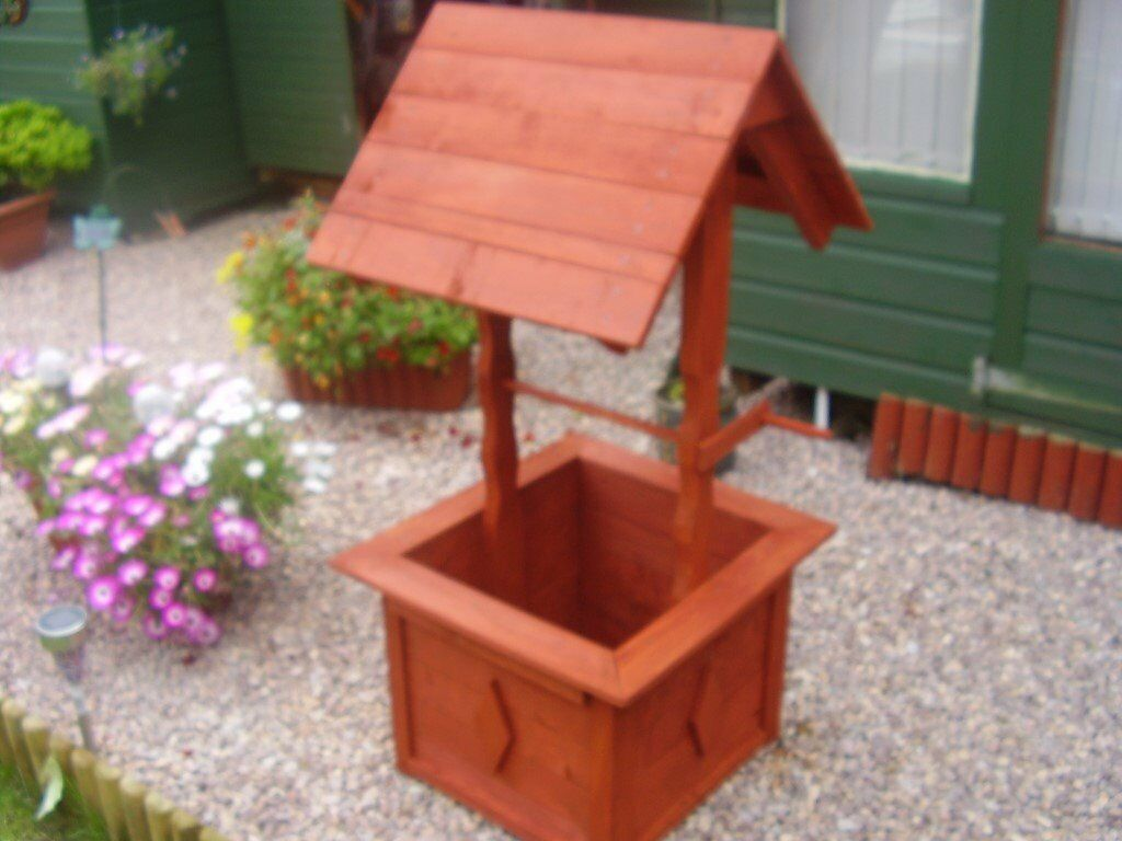 wooden wishing well | in Glenrothes, Fife | Gumtree