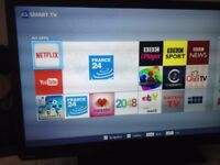 "Toshiba Smart TV 32"", 3D, HD LED, Bulitin WiFi and Builtin DVD and Free-view"