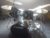 Sonor drum kit with pearl cymbal and kick pedal £220 ono