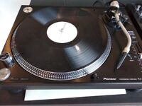 Pioneer PLX-1000 BRAND NEW (Bought 12/17, used indoors only)