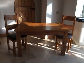 Harvey's extendable table & 6 chairs