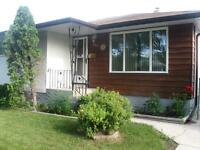 Beautiful 4 BR House on Whittier Ave East