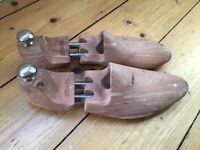 Bowen branded Cedar shoe tree (UK size 7)