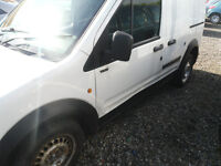 SPARES REPAIRS MOT FAILURE 2004 TRANSIT CONECTL200 SWB TD GOOD ENGINE AND BOX.