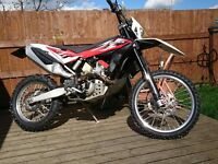 2014 Husqvarna TE 449 Enduro PX and delivery possible