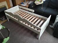 Ikea hensvik bed