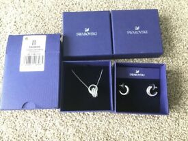 Swarovski further pendant necklace and earring set (5409696 & 5409658)