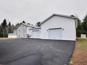 259 900$ - Maison à paliers multiples à vendre à ND-Du-Laus Gatineau Ottawa / Gatineau Area image 1