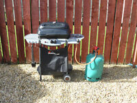 landmann barbeque and gas bottle,with full instruction manual, good condition, used twice