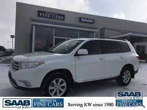 2011 Toyota Highlander AWD V6 NO ACCIDENTS HEATED LEATHER AND NA