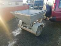 Quad atv sheep snacker feeder works exact same as electric one tractor