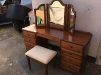 Ducal dressing table. Delivery