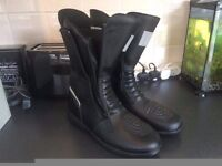 CoolMax Size 12 Boots