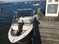 2005 regal wakeboard/day boat