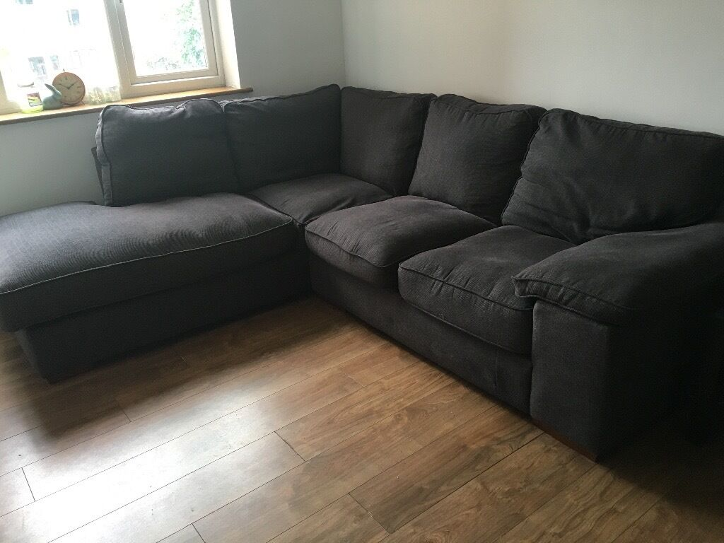 Lovely 2 Year Old Very Comfy Corner Sofa 250 Collection Only