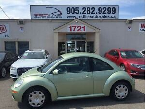 2008 Volkswagen New Beetle 2.5L Trendline, Leather, WE APPROVE A