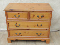 Pine 4 drawer chest (Delivery)