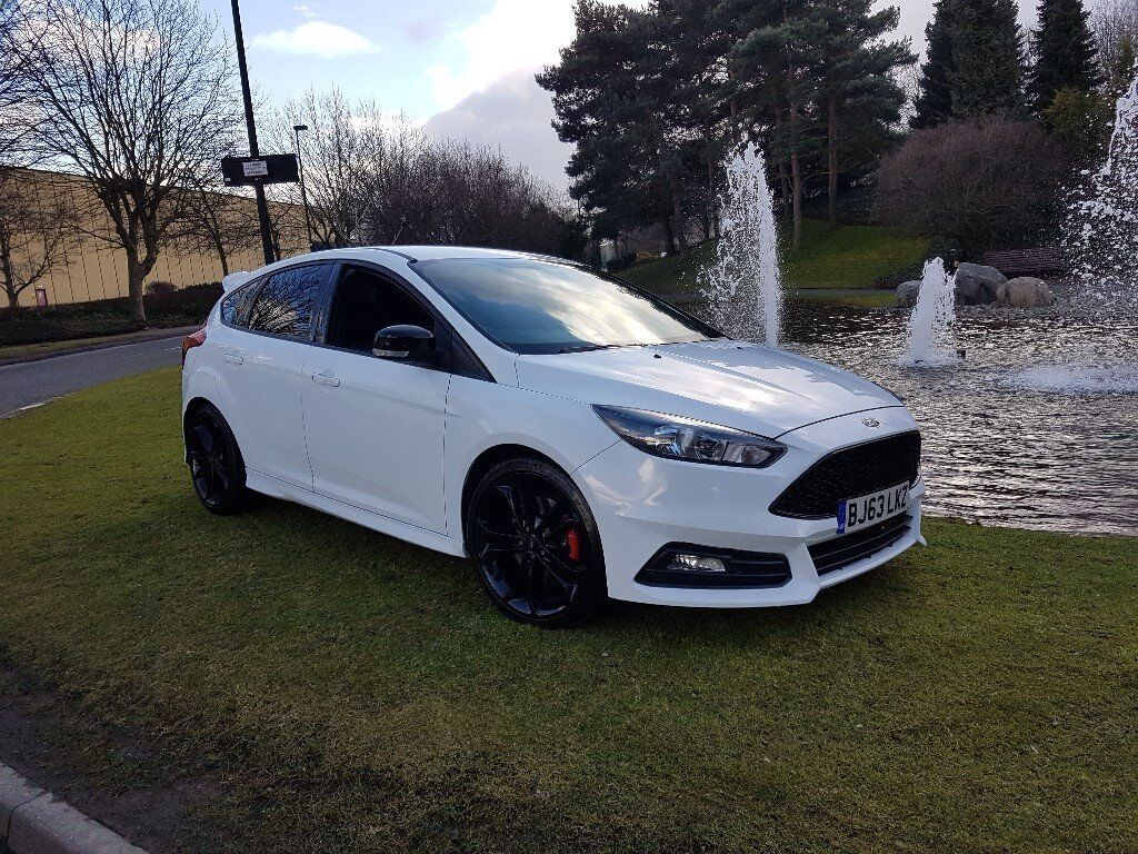 ford focus st 2 turbo 2013 white 5 door in erdington. Black Bedroom Furniture Sets. Home Design Ideas