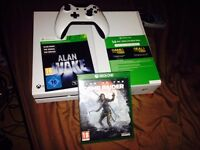Xbox One(boxed)1 controller,Quantum Break,Tomb Raider the rise of,Alan Wake, Xbox live 14 day trial