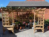 Beautiful 4/5 seater garden Pergola