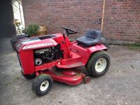absolutely cracking lawn tractor/mower - wheel horse
