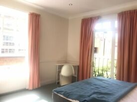 Amazing en suite room with ensuite shared bathroom in a great 1900s house share in Camden
