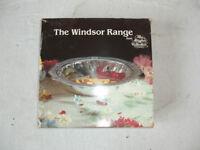 windsor range serving dish with silver metal dish
