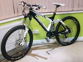 Scott Genius lt20 carbon fibre Mountain bike