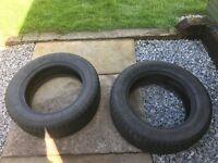 Set of 2 195/60/15 winter tyres