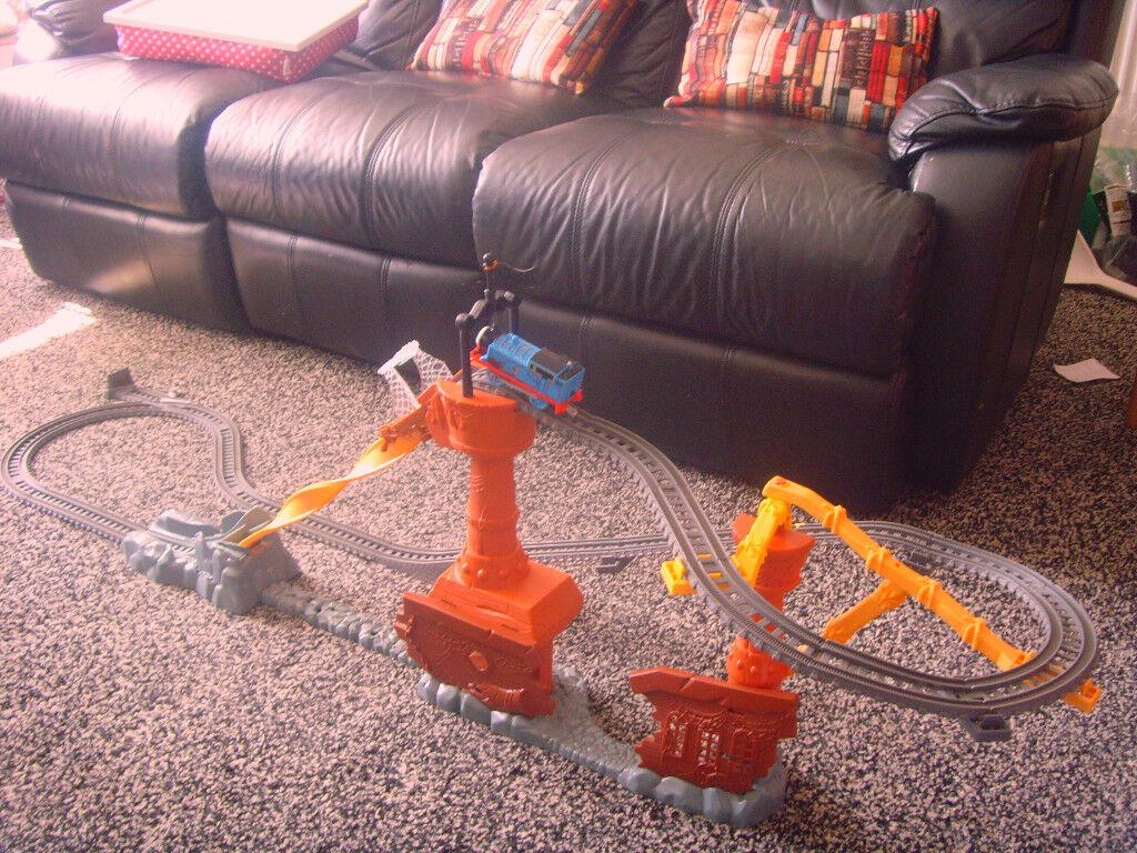 Thomas Trackmaster Motorized Railway Shipwreck Rails set.